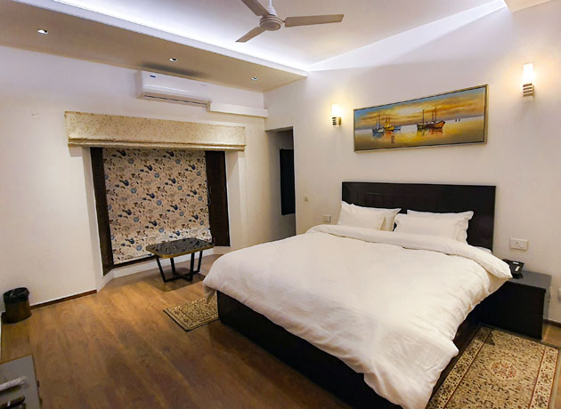 timbuk-too-kasauli-best-accommodation-villas-homestay-resorts-hotels-well-furnished-rooms-affordable-accommodation
