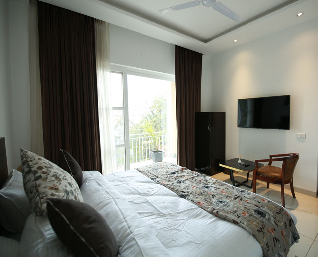 timbuk-too-kasauli-best-price-accommodation-rooms-villa-with-valley-facing