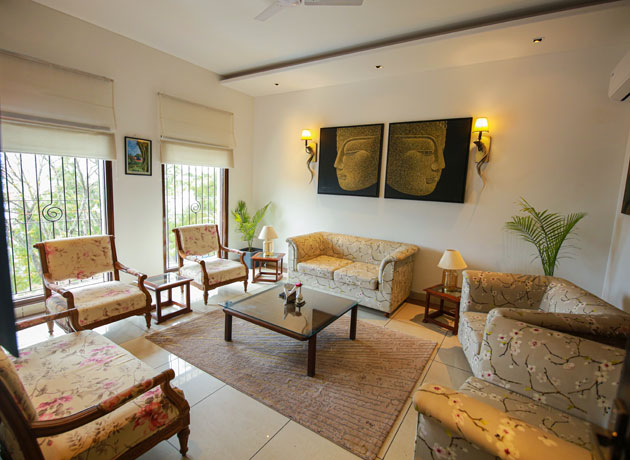 timbuk-too-kasauli-villas-rooms-cottages-resorts-hotels-accommodation-in-kasauli-best-price-huge-living-area