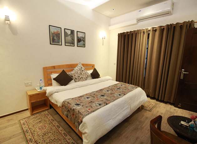 timbuk-too-kasauli-villas-rooms-cottages-resorts-hotels-accommodation-in-kasauli-best-price-villa